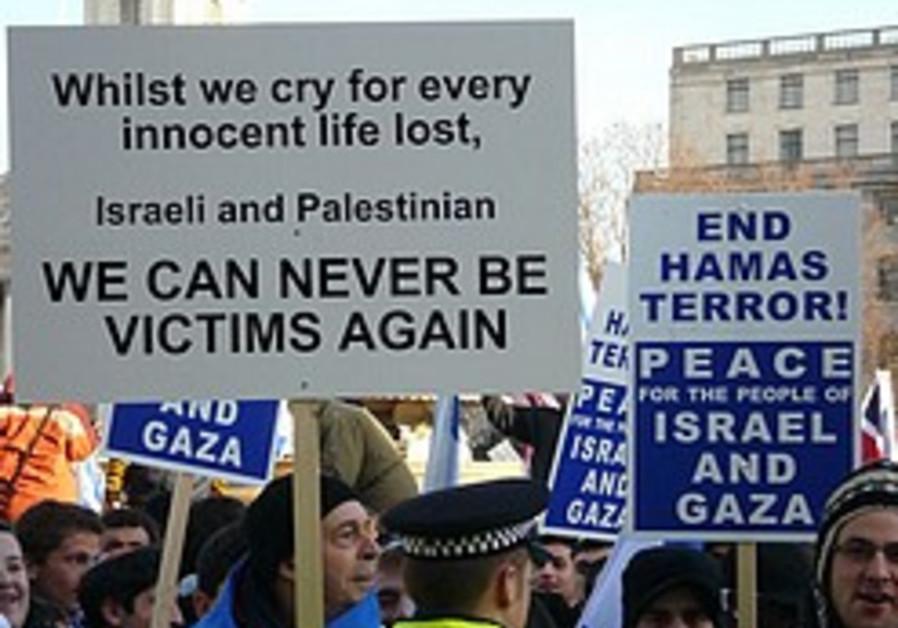 Interfaith activists mourn flotilla victims