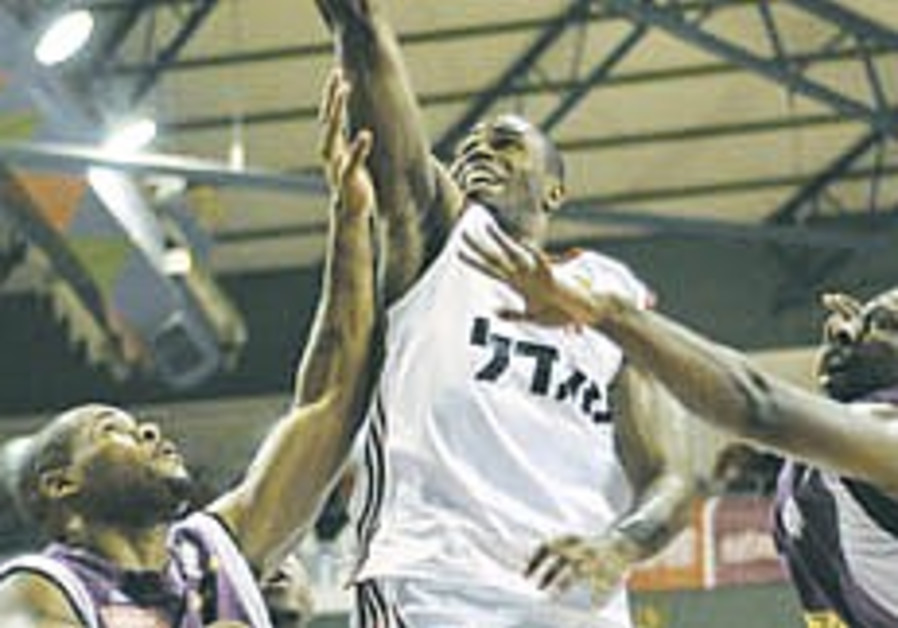 Local Hoops: Hap Jerusalem wins ninth straight in the BSL