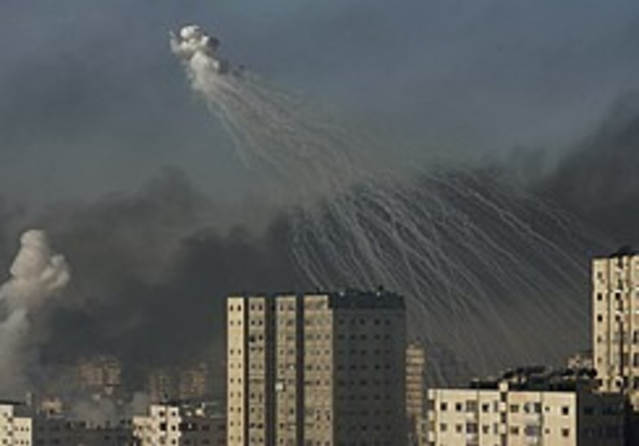 Human Rights Watch: White (phosphorous) lies