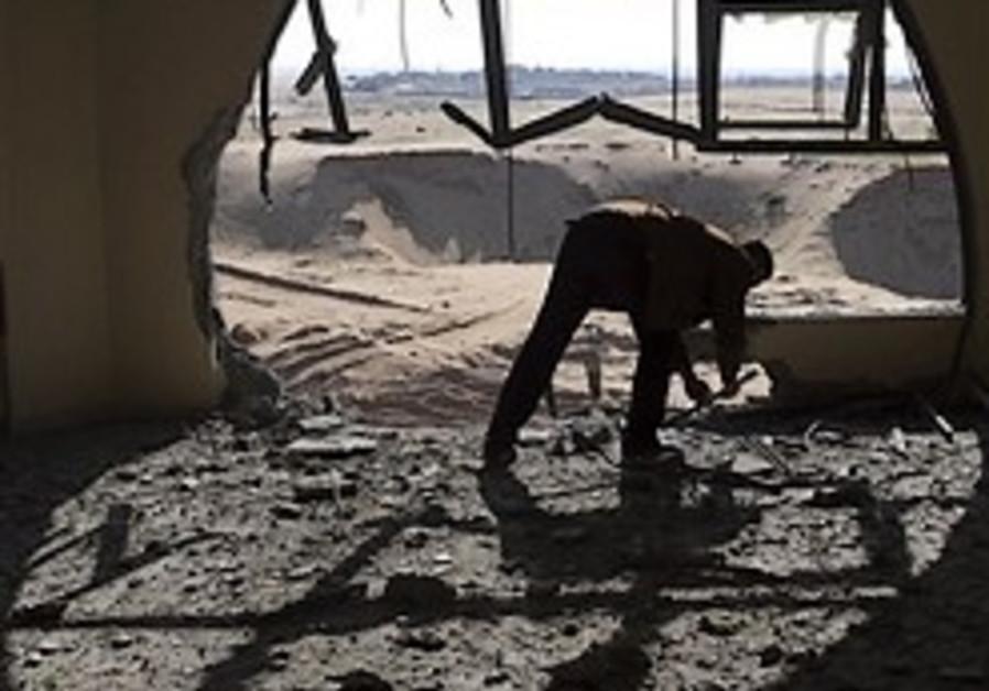 J'lem: Gaza rebuilding may legitimize Hamas