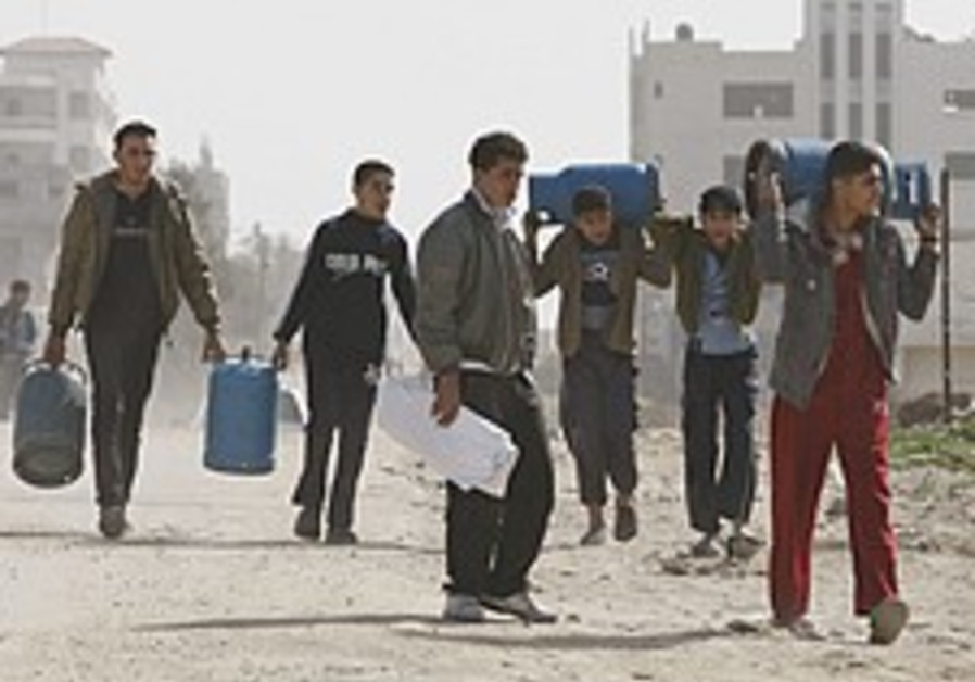 'Open crossings, 1,000 prisoners for Schalit'
