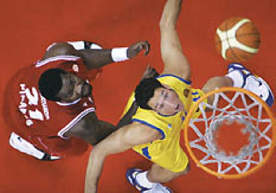 Local Hoops: Maccabi TA rolls over Galil Elyon