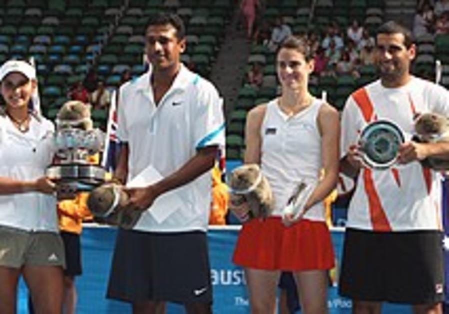Australian Open: Ram/Dechy lose in mixed doubles final