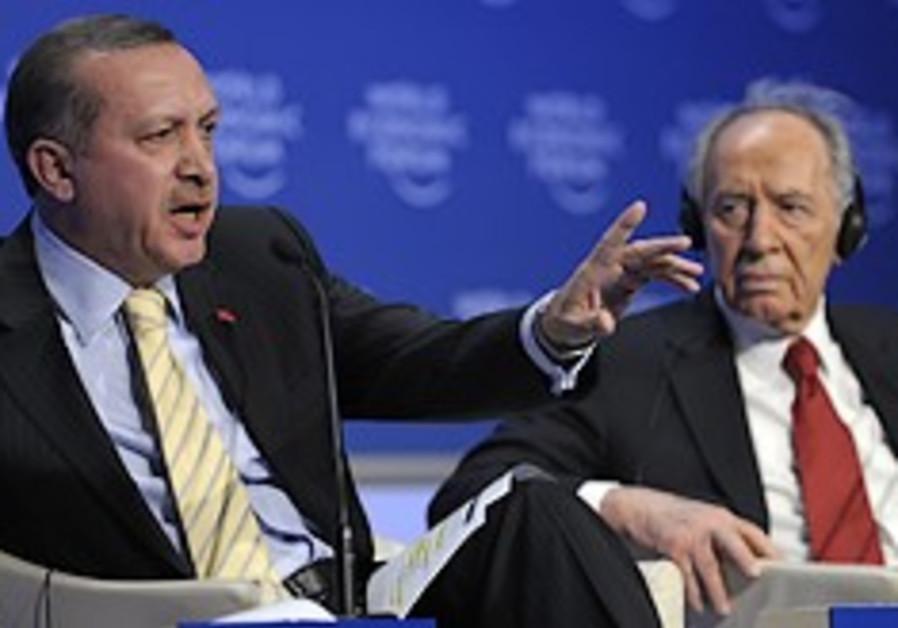 Livni, Turkish FM meet to repair ties