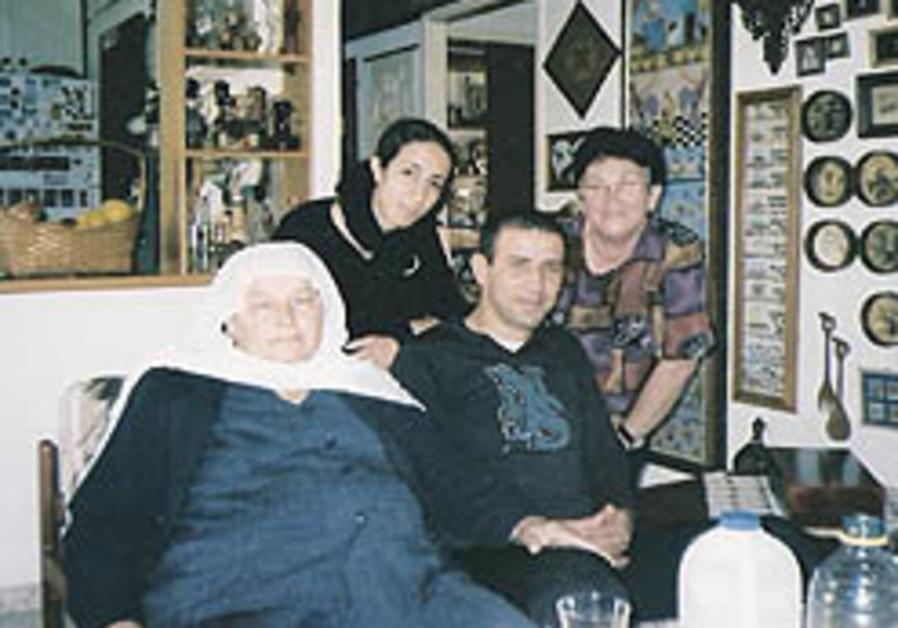 Druse man 'adopts' Jewish woman who donated husband's corneas