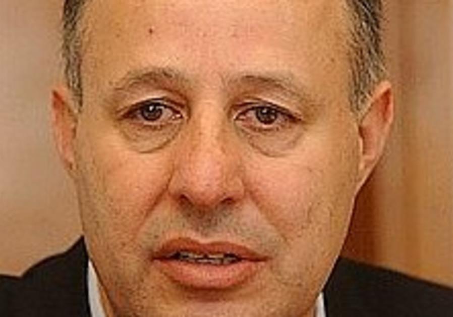 Geula Cohen laments Hanegbi's Likud departure