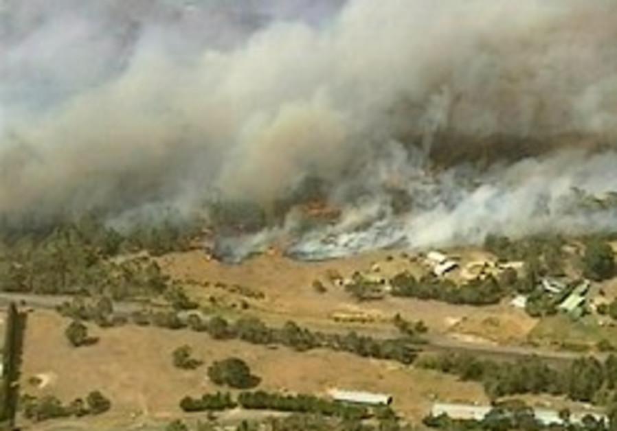 Australian official: Wildfire deaths will pass 200