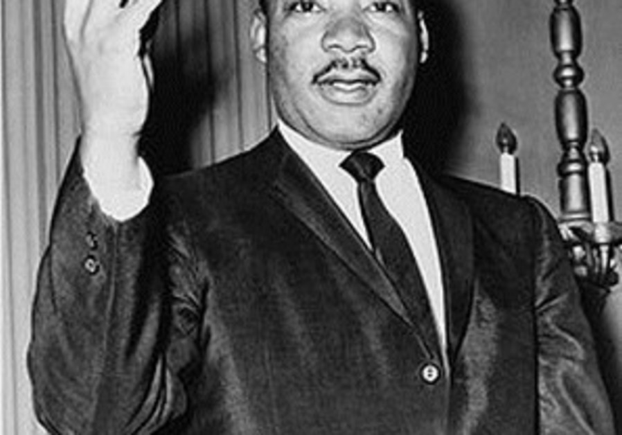 A perfect Jackie Kennedy calls Martin Luther King a phony