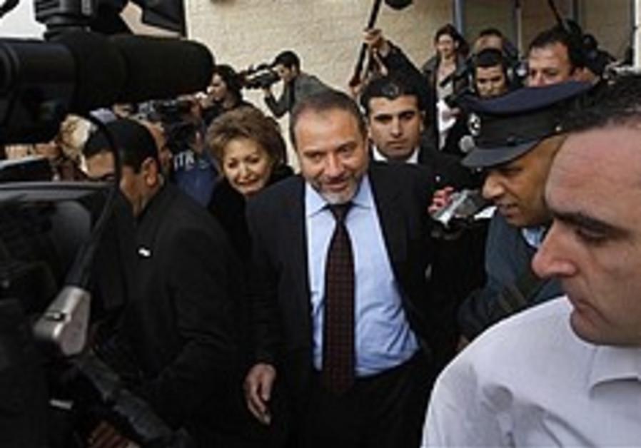 Lieberman: I prefer rightist coalition