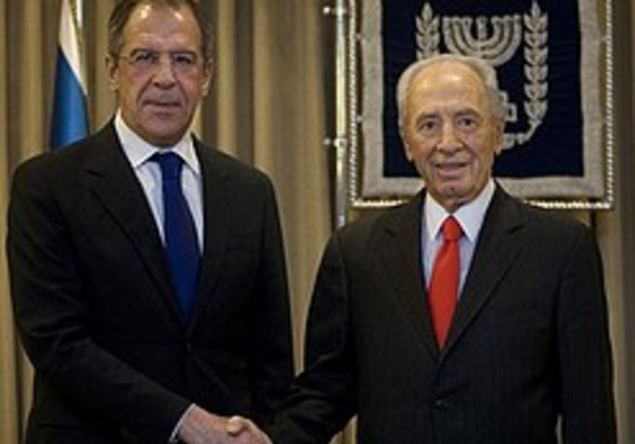 Lavrov: Russia to hold Mideast summit
