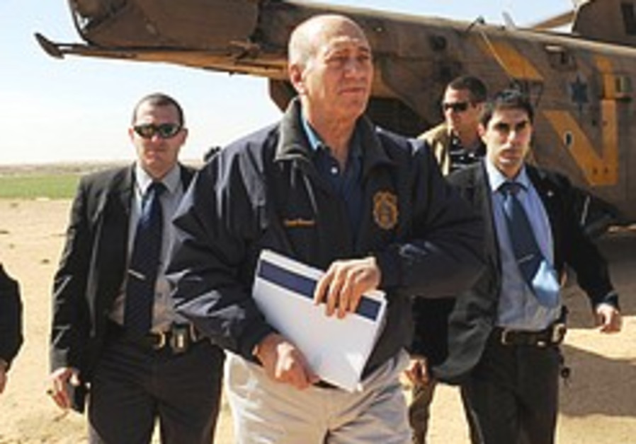 Olmert worried Hamas wants to drag out Schalit talks 'indefinitely'