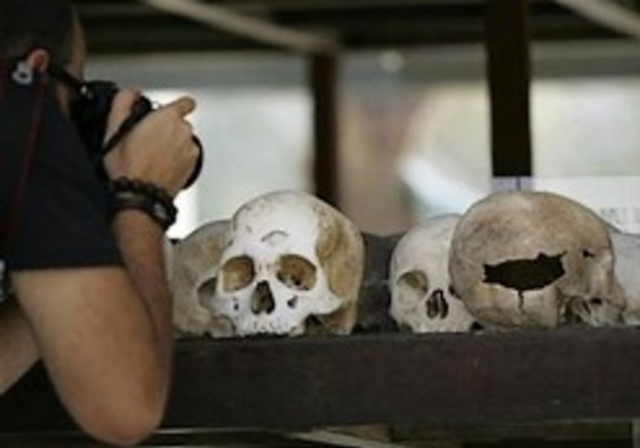 Khmer Rouge genocide trial opens in Cambodia