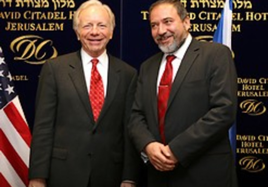 Lieberman auditioning for Foreign Affairs portfolio
