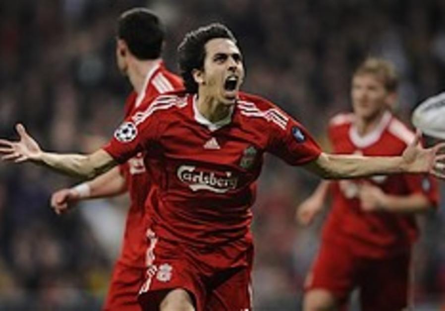 Champions League: Benayoun header wins it for Liverpool