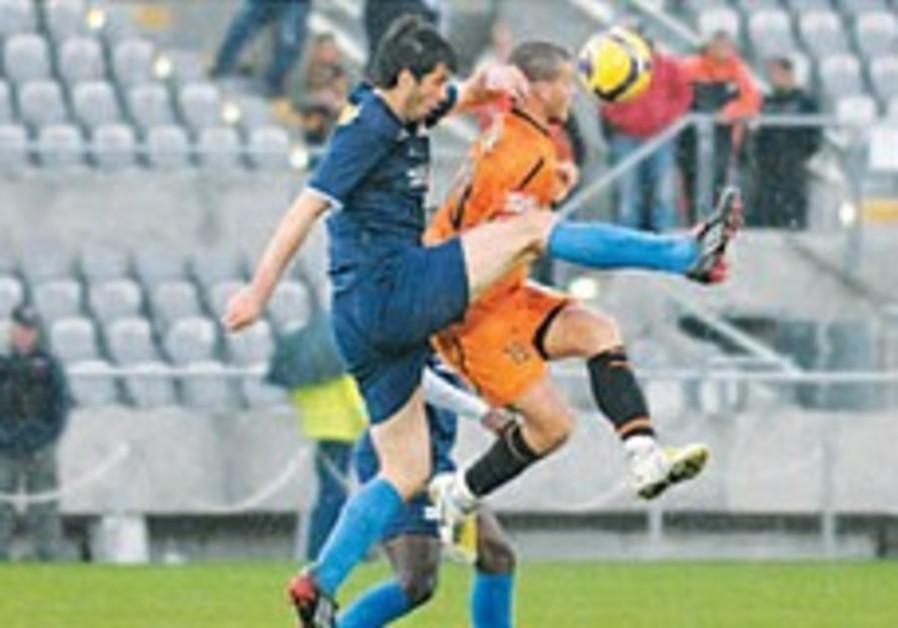Local Soccer: Haifa slips up in sloppy loss at Kiryat Shmona
