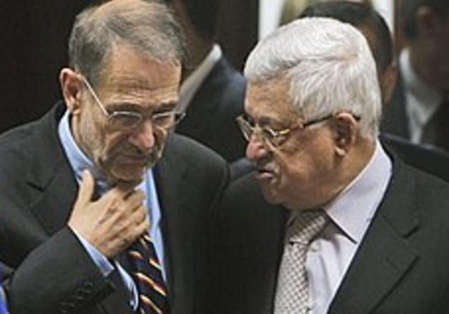 Javier Solana meets Abbas in Ramallah