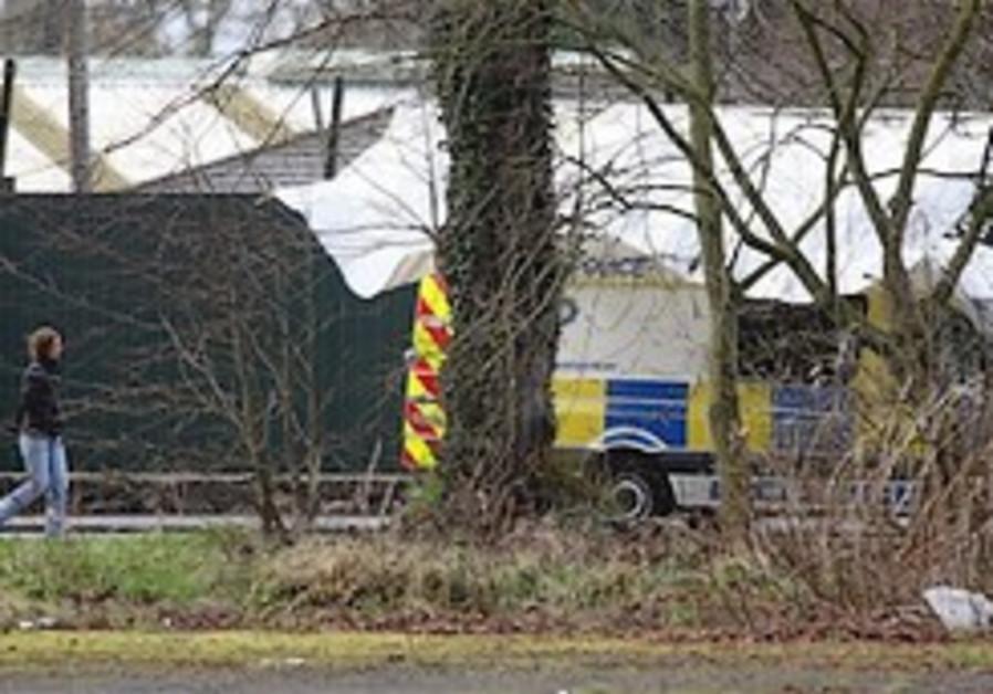 2 British soldiers killed in N.Ireland ambush