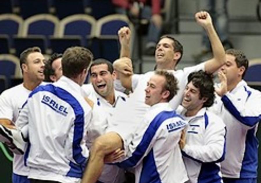 Israel beats Sweden 3-2 in Davis Cup