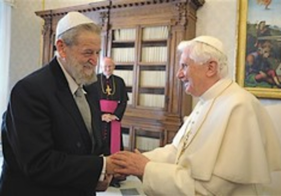 Rabbis after pope meeting: Crisis over