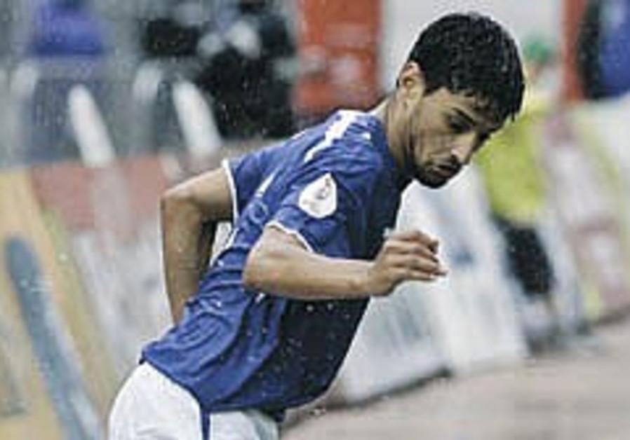 International Soccer: Betar's Itzhaki returns to Israel squad