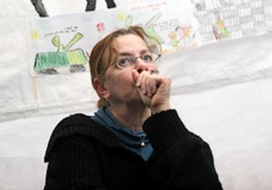 Aviva Schalit: 'Bring Gilad back before it's too late'
