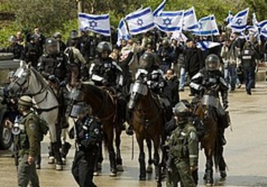 Marzel, Ben-Gvir get approval for Rahat march