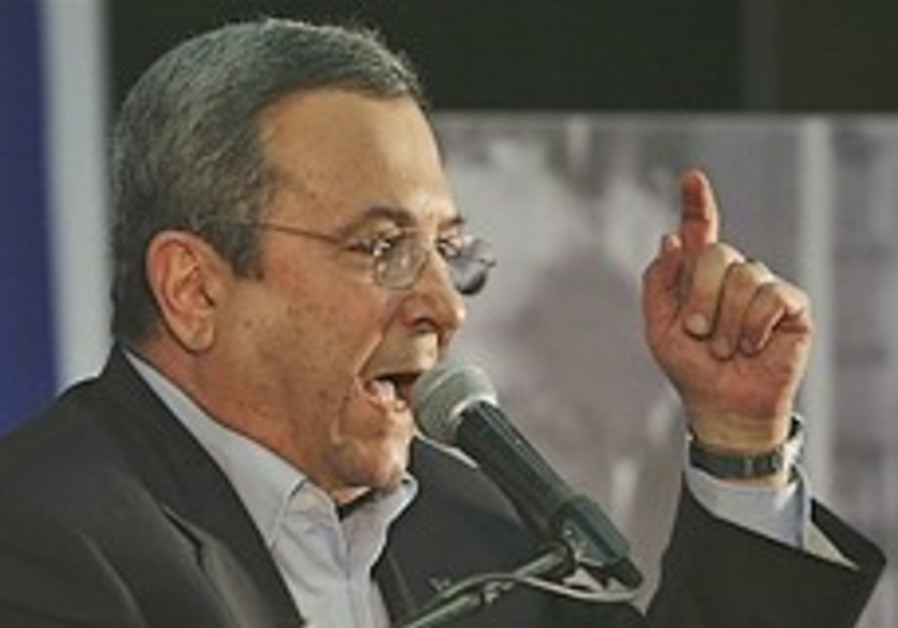 Barak: Iran is a threat to entire world
