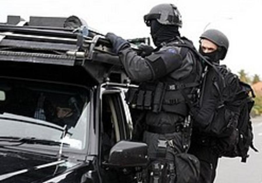 NZ police say alleged gunman dead