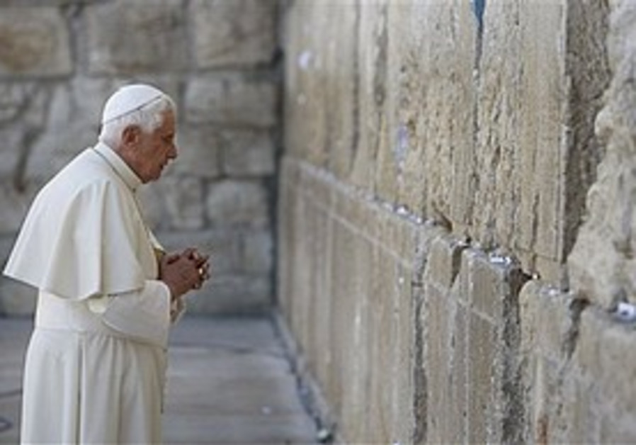 For and against: Jerusalemites and the papal visit
