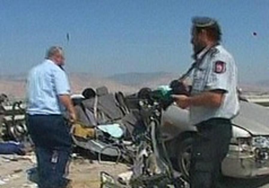 Five killed in Jordan Valley car crash