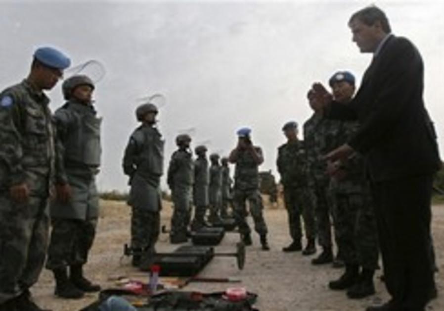 Israel gives Lebanon cluster bomb data