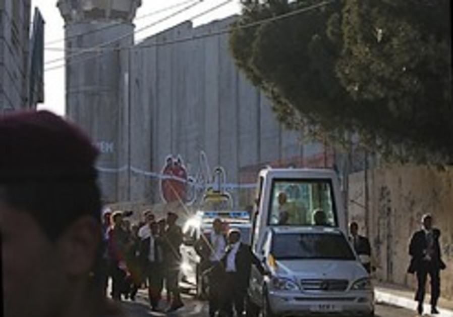 Pope calls for 'sovereign Palestinian homeland'