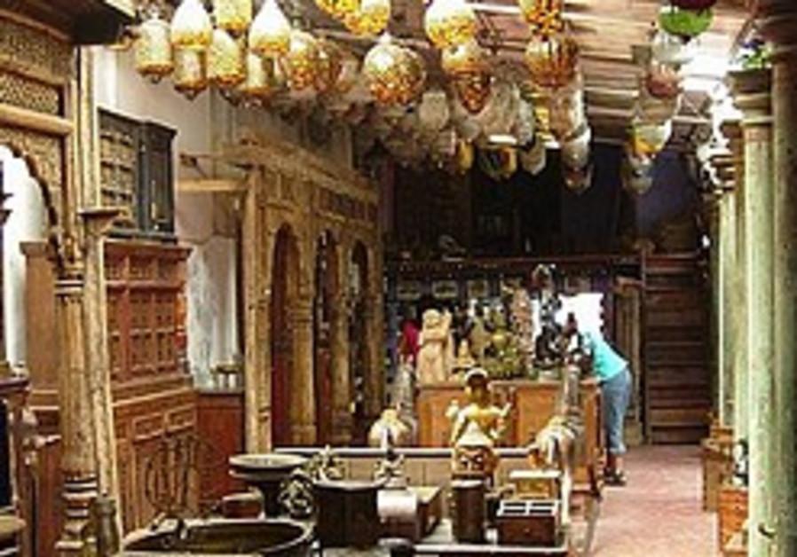 Cochin battles to save its shul