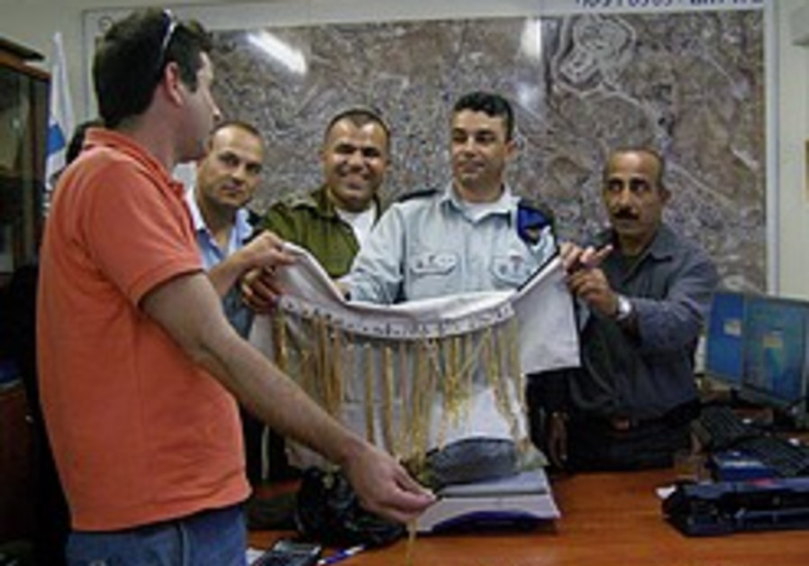 Israeli jeweler finally able to reclaim gems confiscated by PA
