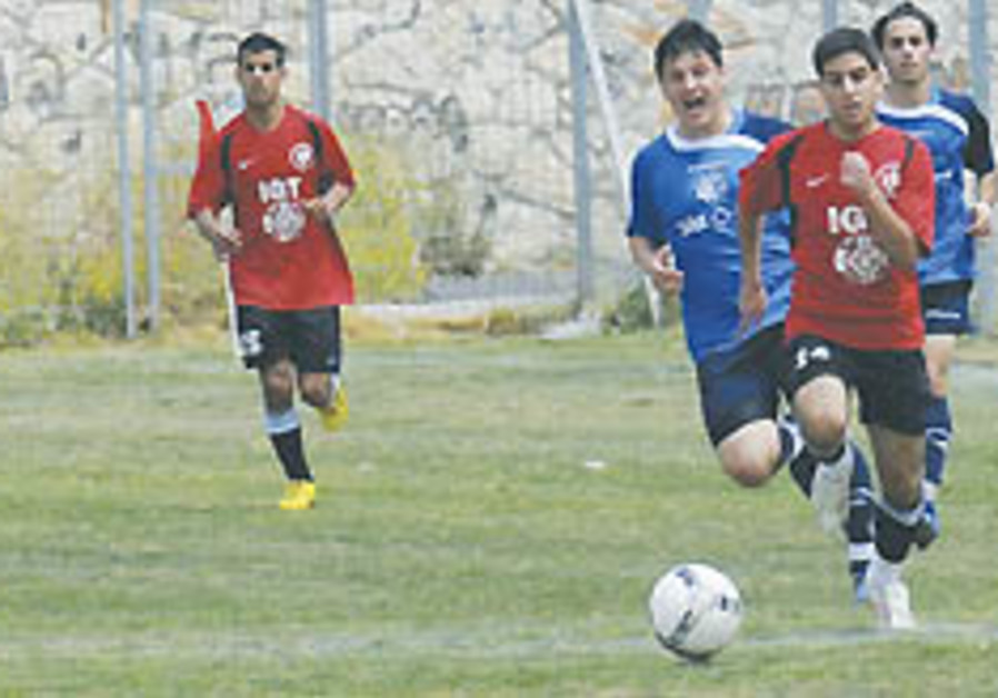 Israeli Jewish-Arab soccer team to showcase coexistence in Germany