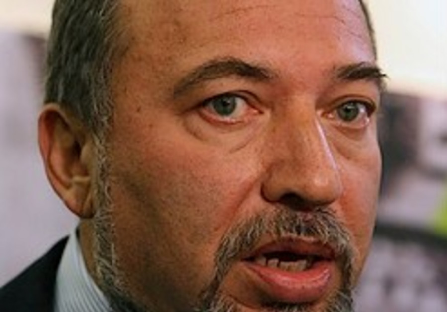 Lieberman slams Obama's Iran policy