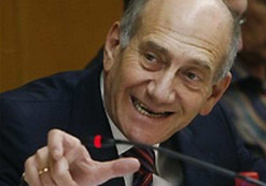 Kadima MK: Take Olmert's picture off the wall