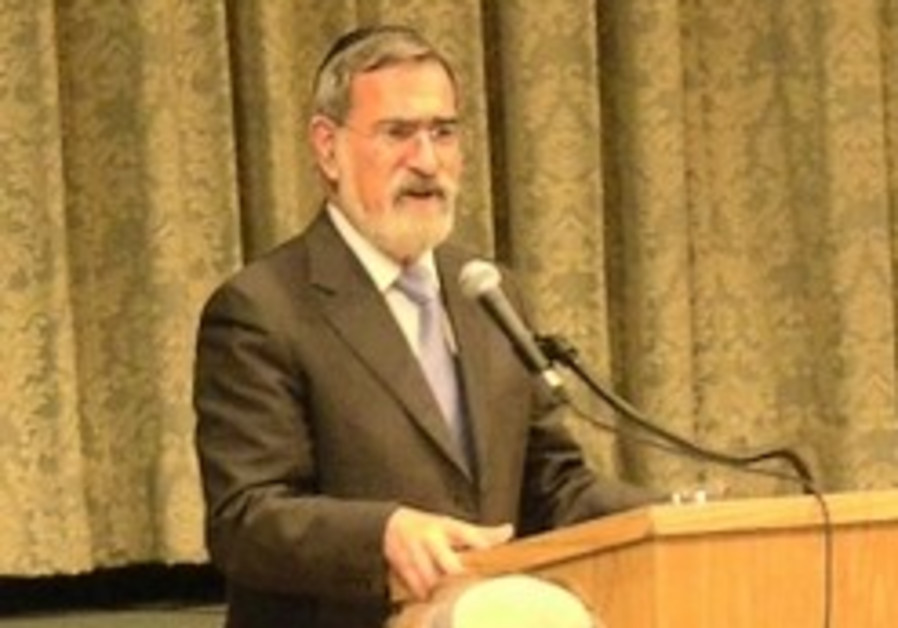 Can Britain's chief rabbi sell in America?