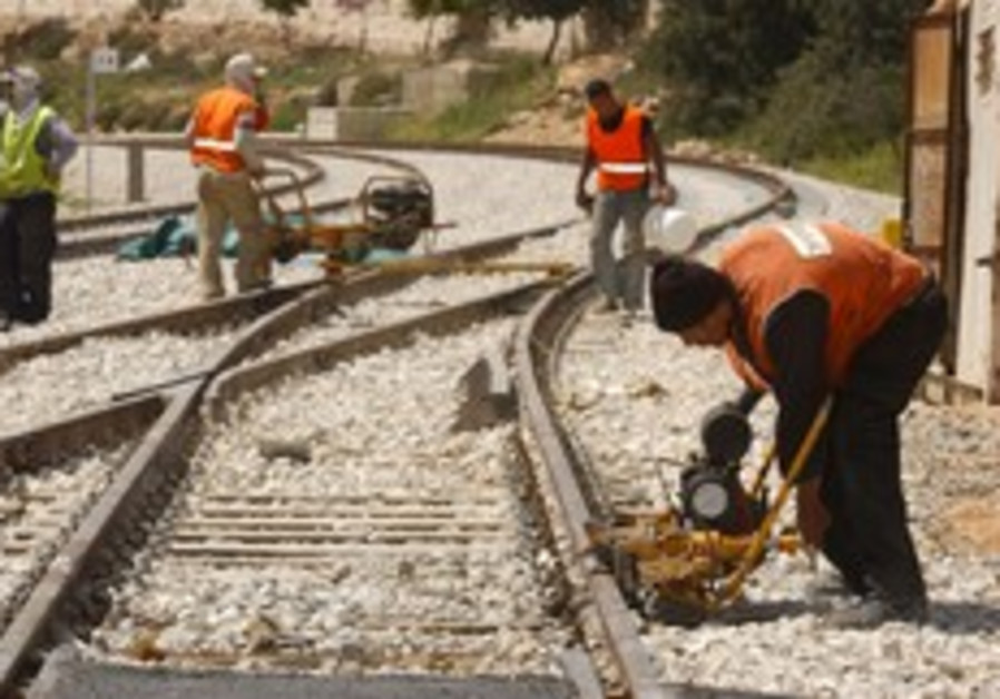 Eco protests could further delay Jerusalem-TA high-speed rail link