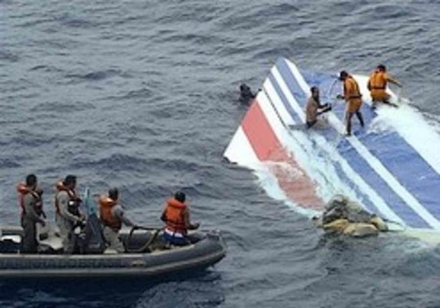 Tail section of downed Air France plane found