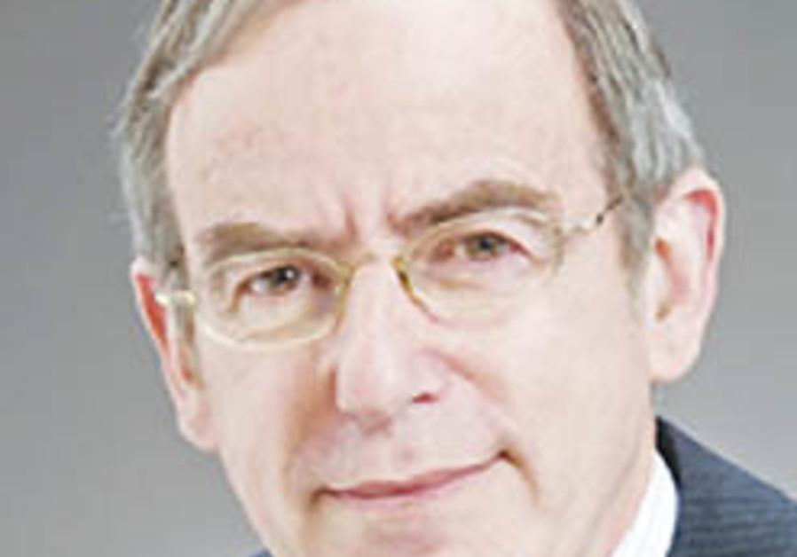 Jewish professor receives New Zealand Order of Merit