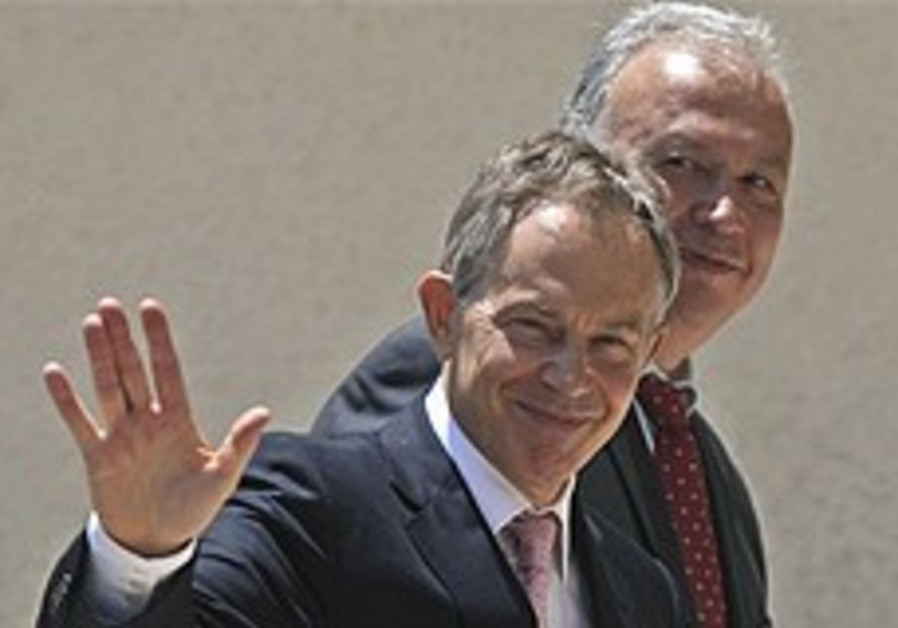Blair: ME peace possible 'within a year'