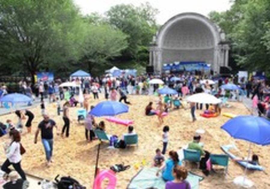 Central Park 'beach' parties for Tel Aviv centennial