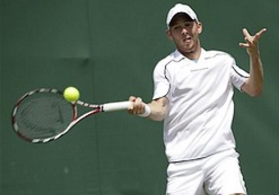 Tennis: Dudi Sela knocked out of Wimbledon