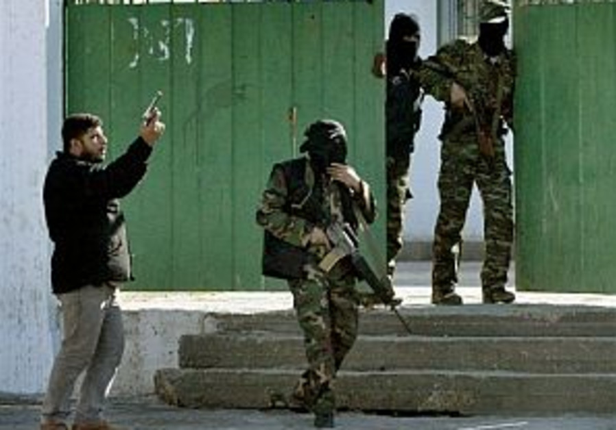 Gunmen threaten to storm Jordan embassy in Gaza
