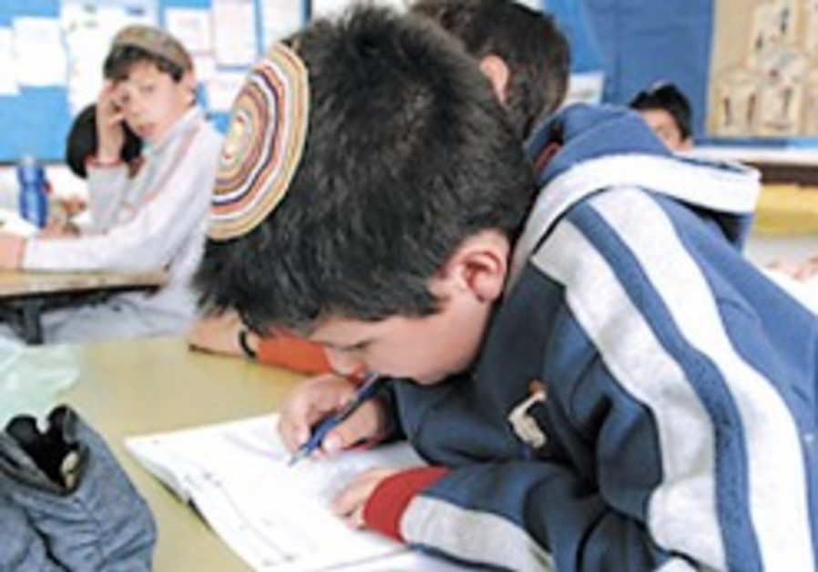 Shas getting payoff for its school system, says NGO