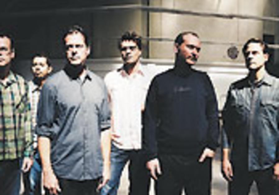 Calexico to play Tel Aviv show
