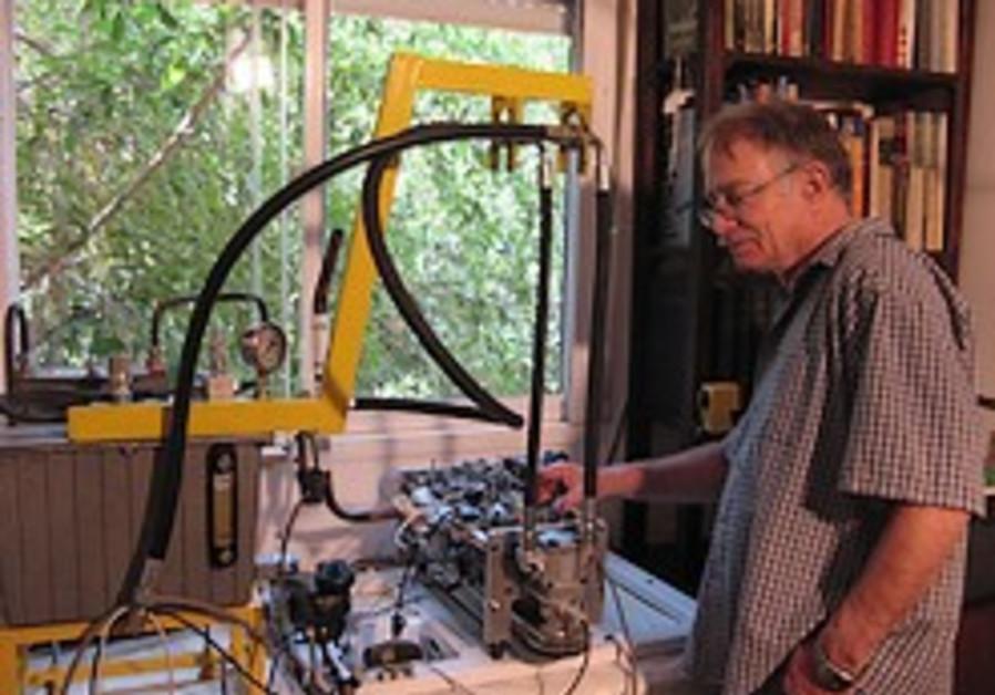 Kiryat Gat inventor reinvents internal combustion engine
