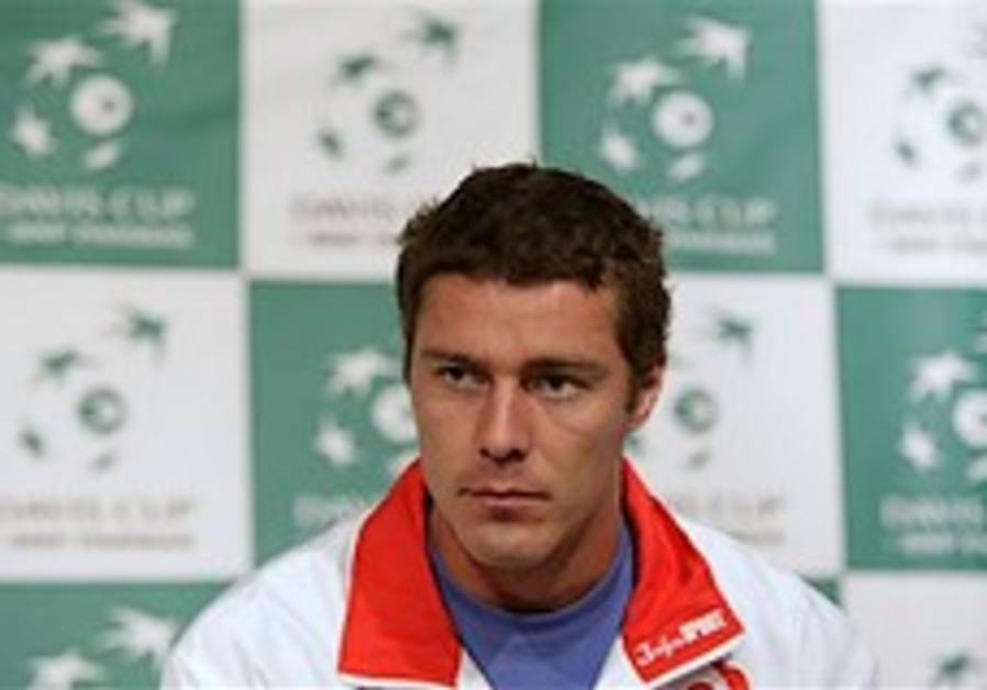 "Russia's Safin claims Israel is ""lucky"" to be in Davis Cup quarters"