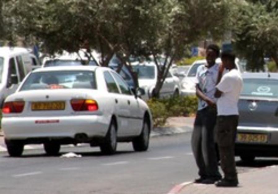 Police: African migrants were held hostage by gangs in Sinai